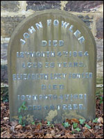 Grave of John Fowler, Darlington